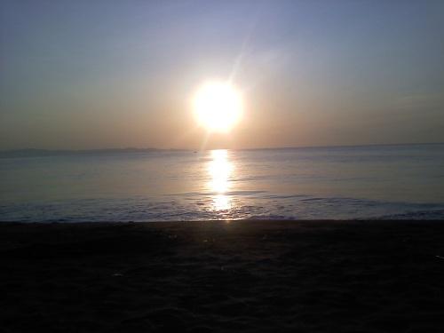 morning sun at the beach